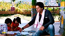 A still #7 from Chennai Express (2013) with Shah Rukh Khan