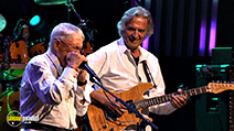 A still #7 from Santana and McLaughlin: Invitation to Illumination: Live at Montreux (2011)