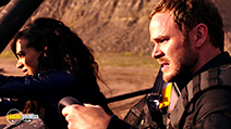 A still #5 from Killjoys: Series 1 (2015) with Aaron Ashmore and Hannah John-Kamen