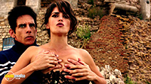 A still #7 from Zoolander No. 2 (2016) with Ben Stiller and Penélope Cruz