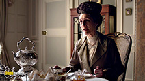A still #8 from Downton Abbey: Series 6 (2015)