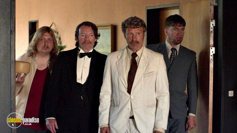 Men and Chicken (aka Mænd & høns) online DVD rental