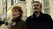 A still #3 from As Time Goes By: Series 6 (1997)