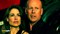 A still #2 from Precious Cargo (2016) with Bruce Willis and Claire Forlani