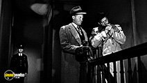 A still #8 from Woman on the Run (1950) with Robert Keith
