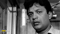 A still #5 from The Hero (1966) with Uttam Kumar