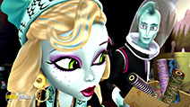 A still #58 from Monster High: Great Scarrier Reef (2016)