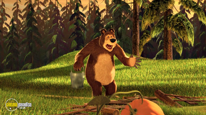 A still #25 from Masha and the Bear: How They Met (2016)