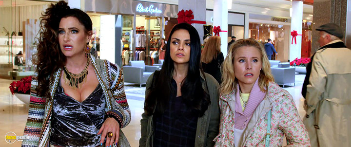A still #5 from A Bad Moms Christmas (2017)