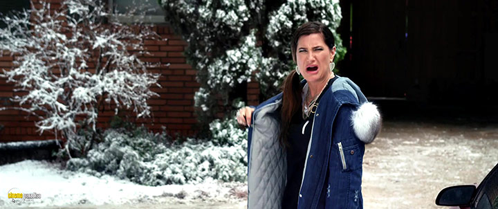 A still #4 from A Bad Moms Christmas (2017)