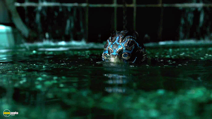 A still #4 from The Shape of Water (2017)