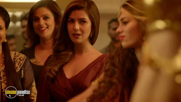 A still #27 from Airlift (2016)