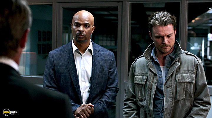A still #34 from Lethal Weapon: Series 1 (2016)