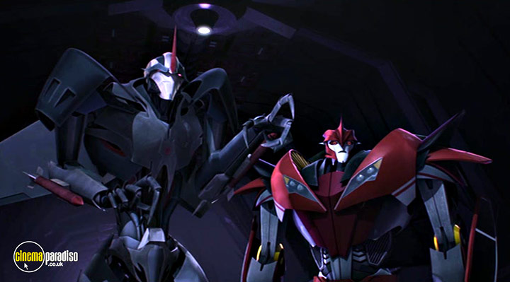 A still #9 from Transformers Prime: Series 3: Part 2 (2013)
