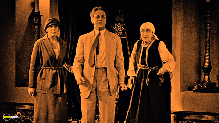 A still #37 from Early Murnau: Five Films (1925)