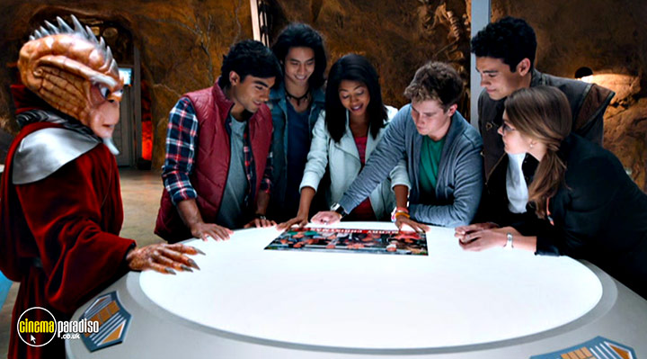 A still #2 from Power Rangers Dino Charge: Hero (2015)