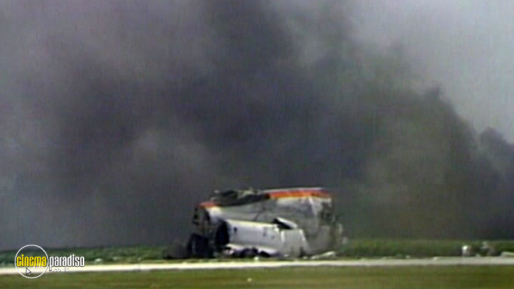 A still #5 from Air Crash Disasters: Fear of Flying (2001)
