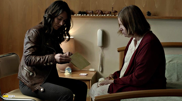 A still #40 from Witnesses: Series 2 (2017)
