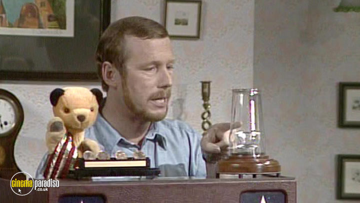 A still #8 from The Sooty Show: Izzy Wizzy Let's Get Busy! (1968)