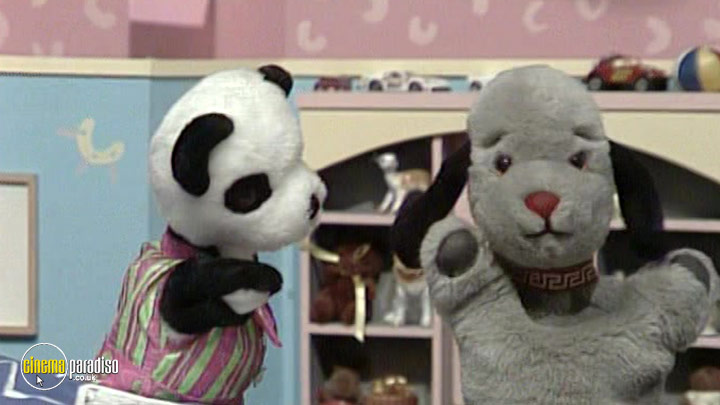 A still #4 from The Sooty Show: Izzy Wizzy Let's Get Busy! (1968)