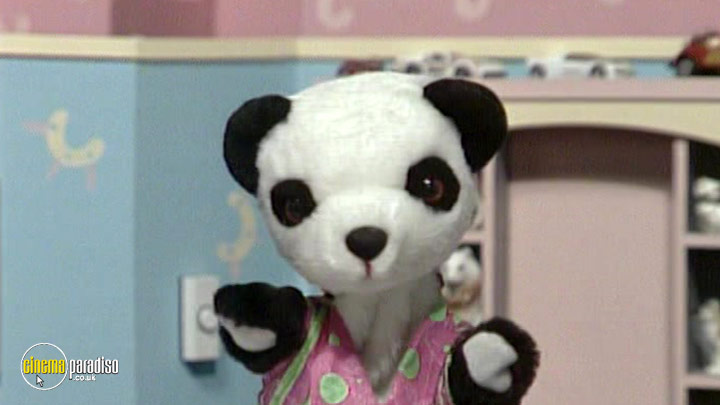 A still #2 from The Sooty Show: Izzy Wizzy Let's Get Busy! (1968)