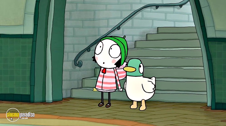 A still #16 from Sarah and Duck: Train Fudge (2016)