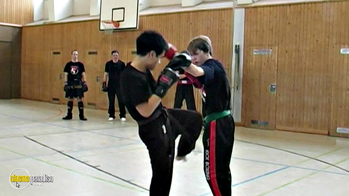 A still #8 from Muay Thai and Kickboxing: Combat Strategies (2011)