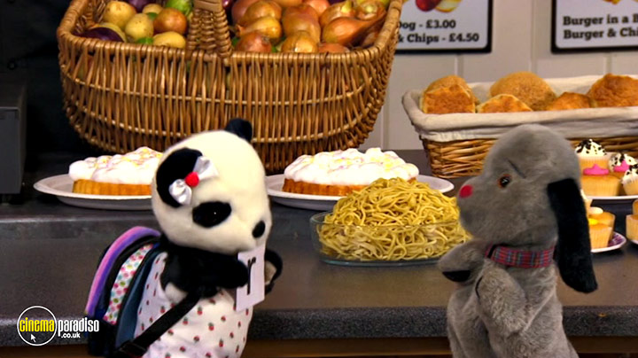 A still #6 from Sooty: Learn the Alphabet (2015)