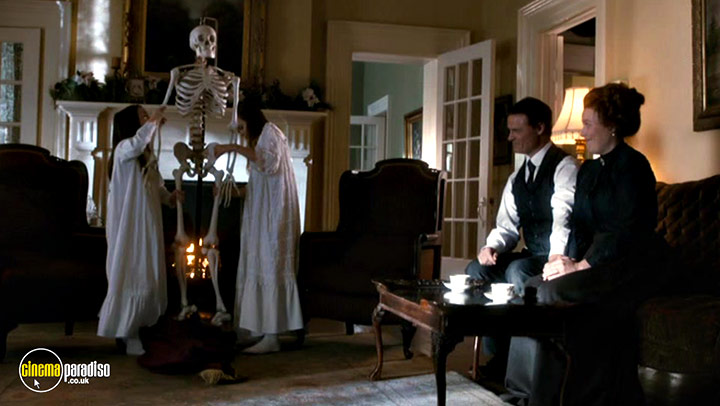 A still #9 from Murdoch Mysteries: Home for the Holidays (2017)