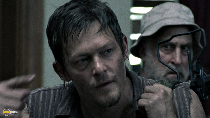 A still #6 from The Walking Dead: Series 2 (2011)