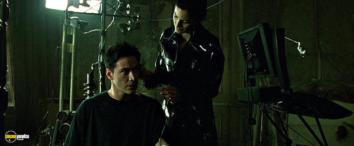 A still #21 from The Matrix (1999) With Keanu Reeves