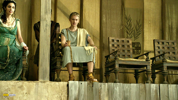 A still #8 from Spartacus: Gods of the Arena (2011)