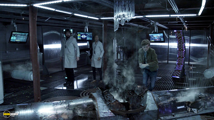 A still #22 from Continuum: Series 3 (2014)