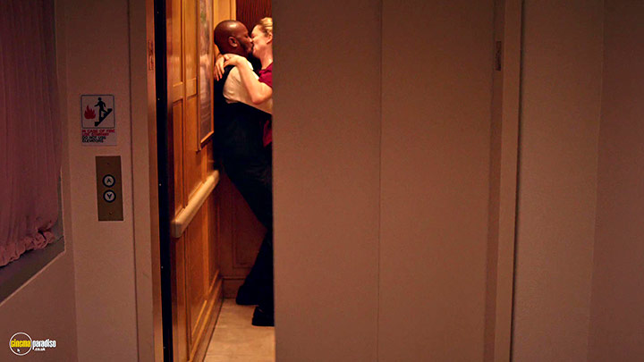 A still #16 from Addicted to Fresno (2015)