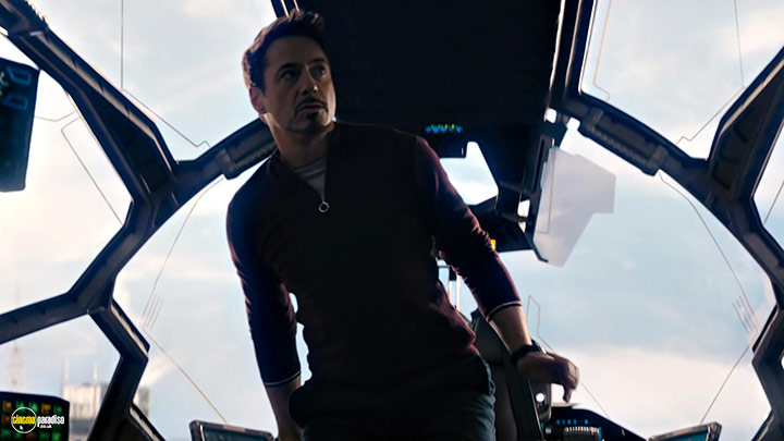 A still #5 from Avengers: Age of Ultron (2015) With Robert Downey Jr.
