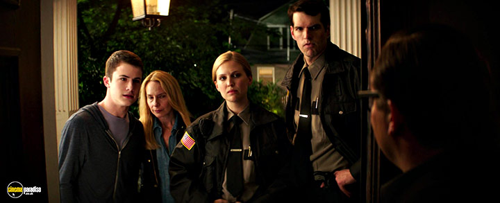 A still #4 from Goosebumps (2015) With Amy Ryan, Dylan Minnette And Timothy Simons