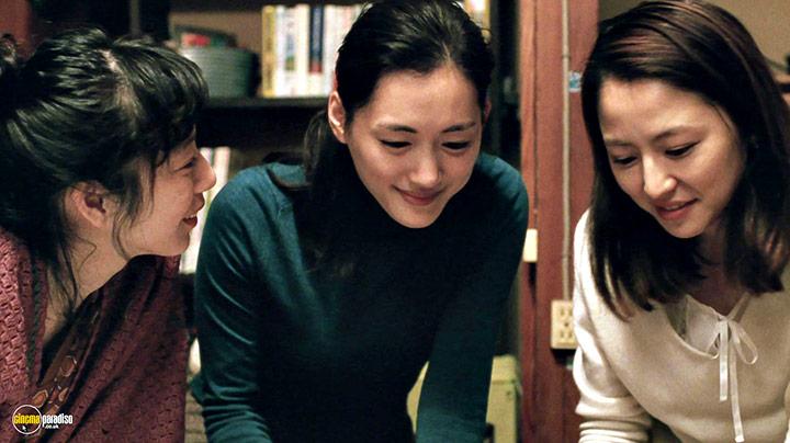 A still #2 from Our Little Sister (2015) With Masami Nagasawa, Haruka Ayase And Kaho